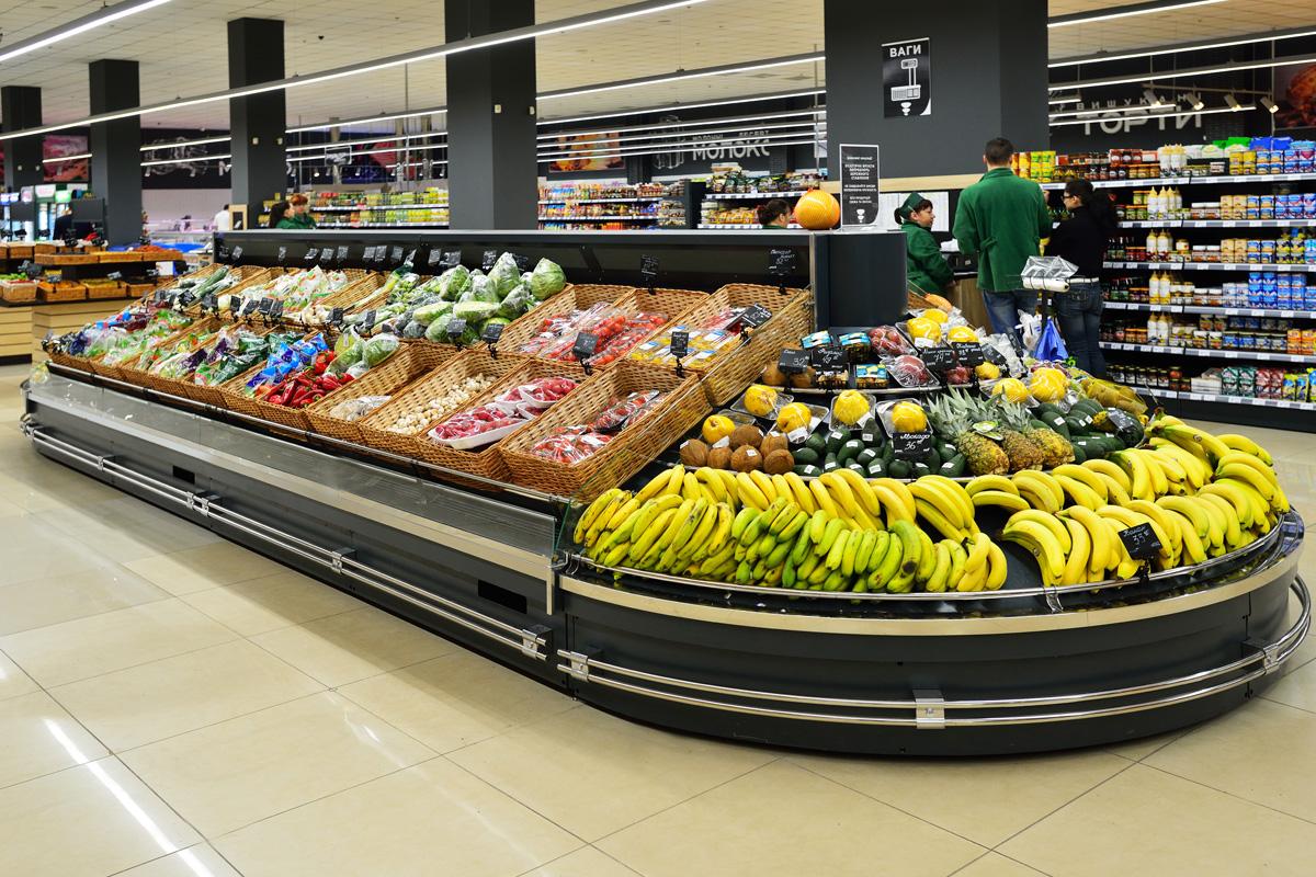 "Specialized units for vegetables and fruit sales Indiana VF MC 130 VF self M im Supermarkt ""Sem'ya"""