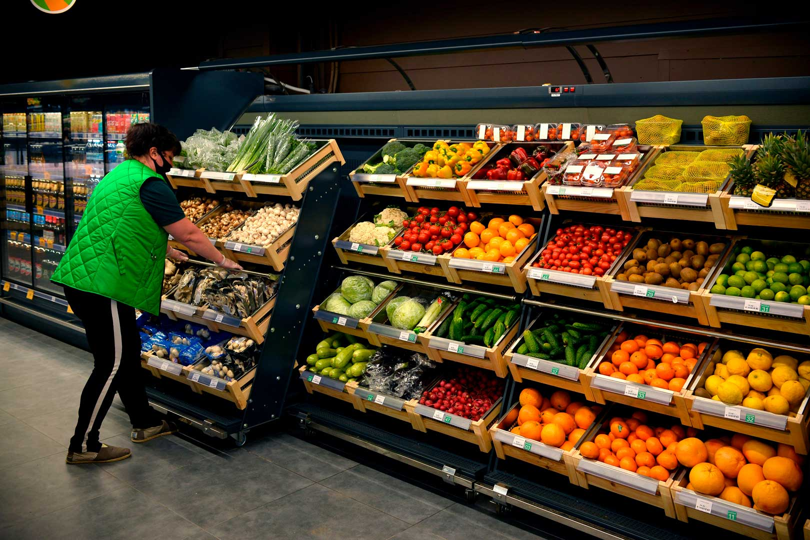 "Specialized units for vegetables and fruit sales Louisiana VF MV 110 VF O 180-DLM, supermarket ""Pchyolka-market"""