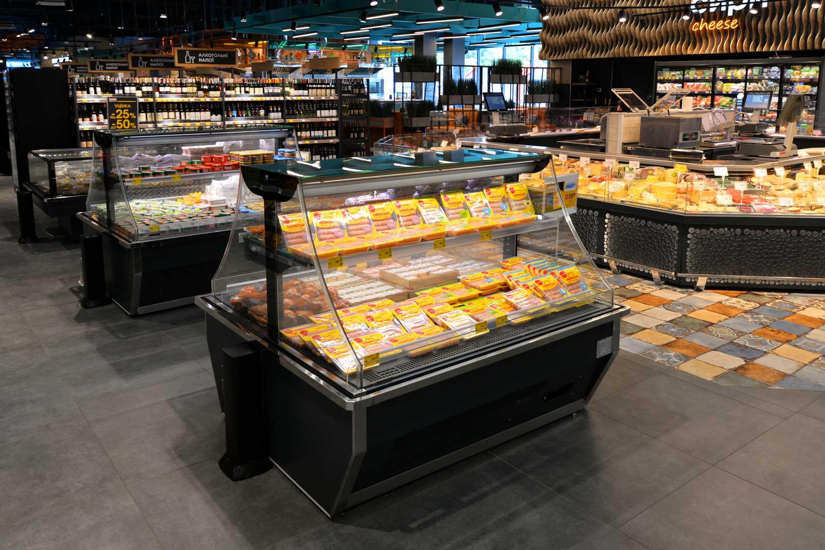 """Промоциональная витрина Virginia AI 120 deli self A, супермаркет """"Эпицентр"""", Полтава"""