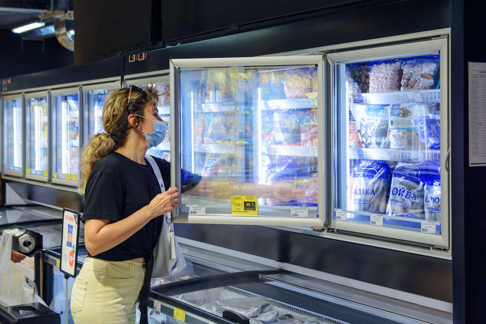 "Frozen foods units «Alaska combi 2 MHV 110 LT D/C M», supermarket ""Zerkalny"" in Berdyansk"