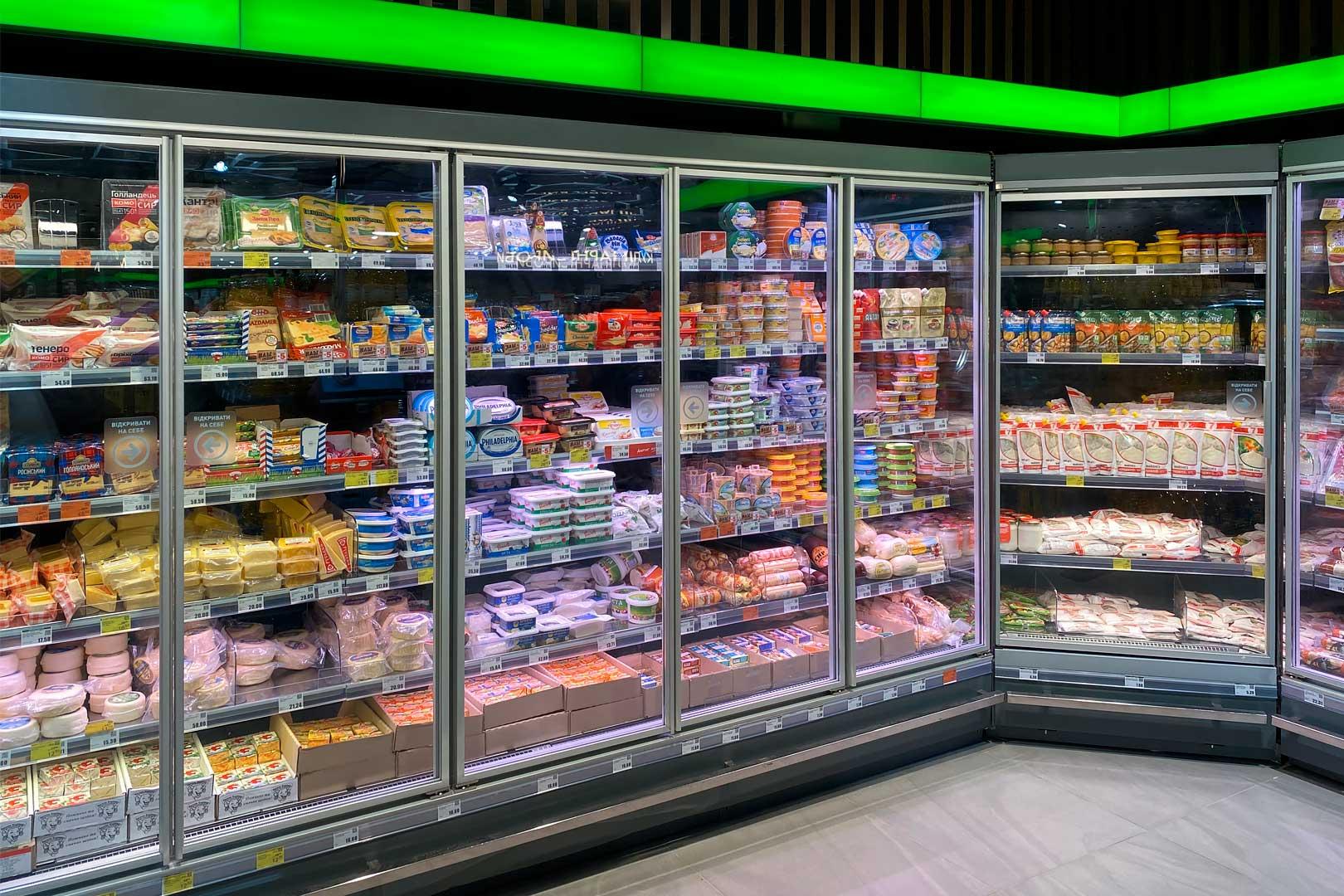 "Tiefkühlwandvitrinen Indiana MV 080/090 MT D M im Supermarkt ""Tavria V"""
