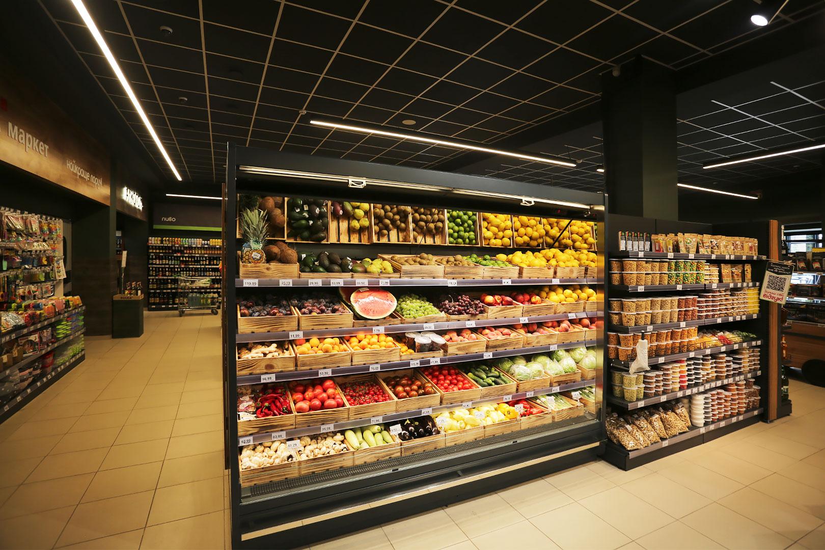 """Tiefkühlwandvitrinen Indiana MV 080/090 FV O M im Supermarkt """"Bulka Market"""""""