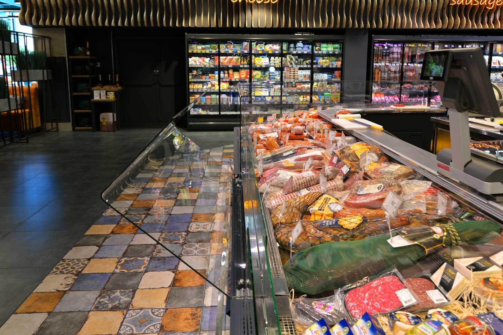 """Холодильні вітрини Missouri MC 120 deli OS M, супермаркет """"Епіцентр"""", Полтава"""