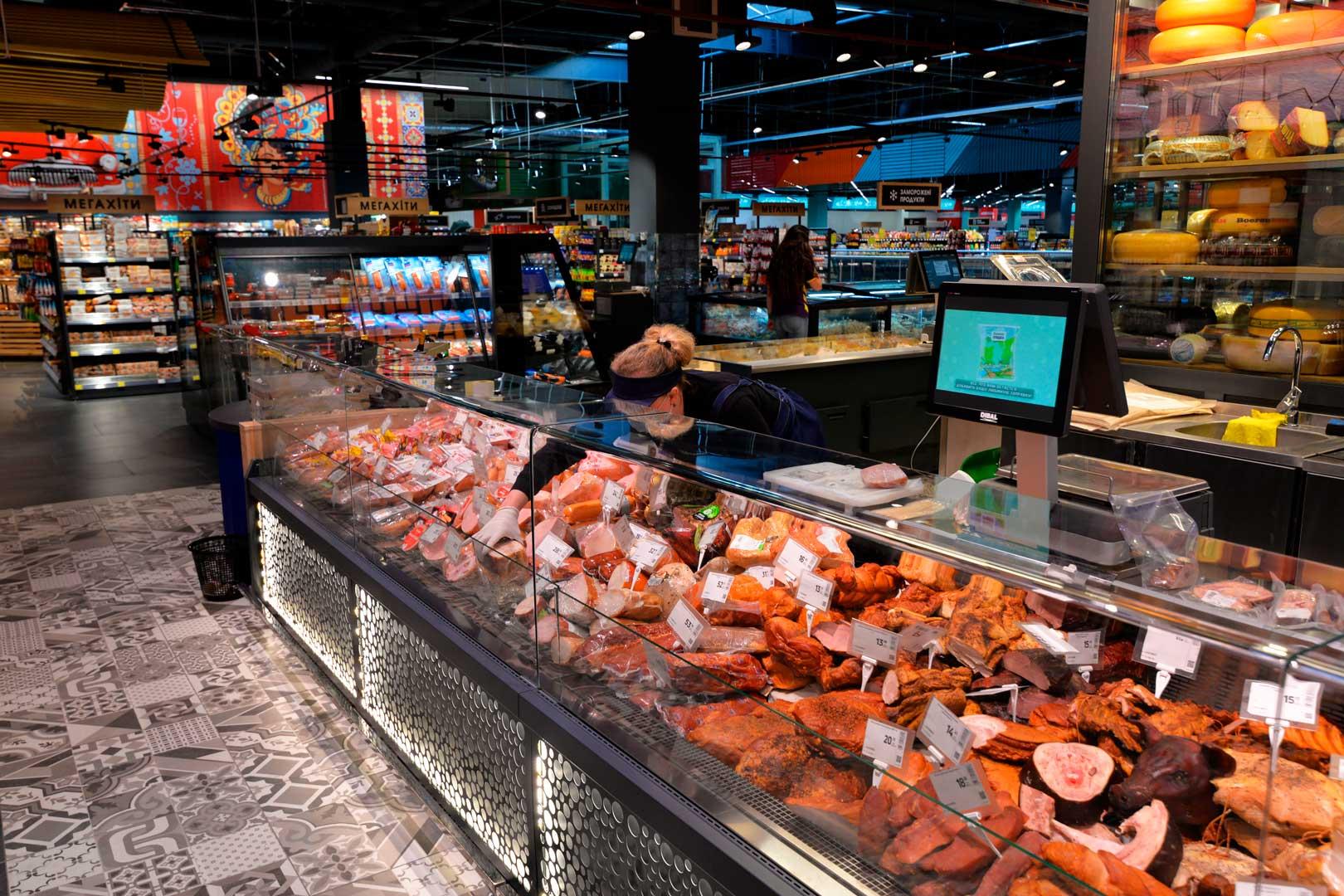 """Kuhlvitrinen Missouri MC 120 deli OS M, Supermarkt """"Epicentr"""" Kiew"""