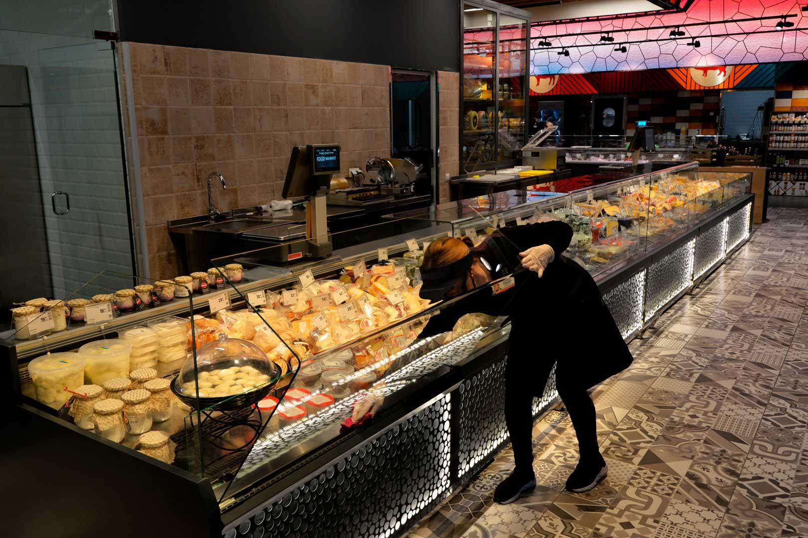 """Холодильные витрины Missouri MC 120 deli OS M, супермаркет """"Эпицентр"""", Киев"""