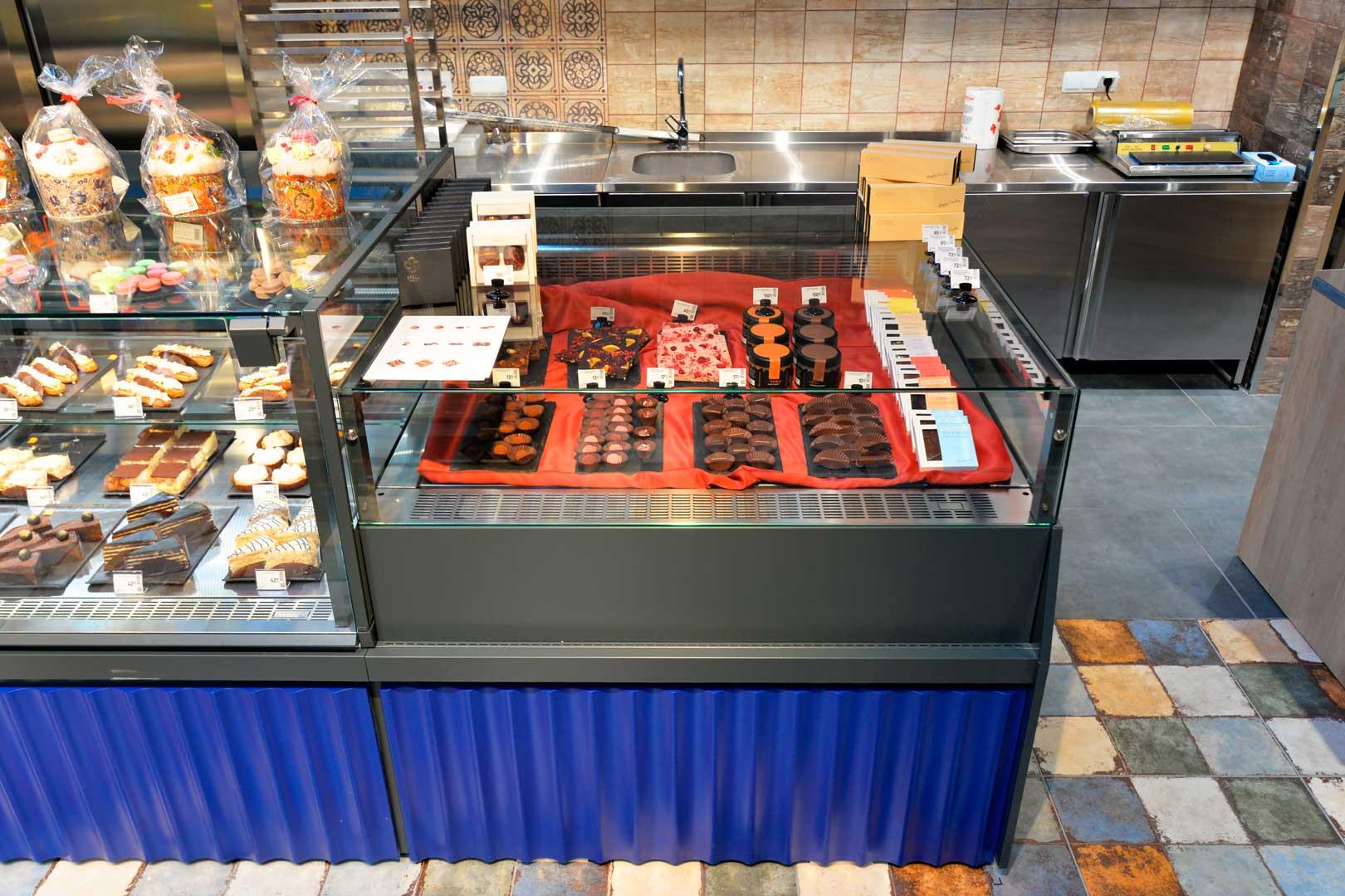 """Вітрина для кондитерських виробів Missouri MC 120 patisserie СН SP M/A, супермаркет """"Епіцентр"""", Київ"""