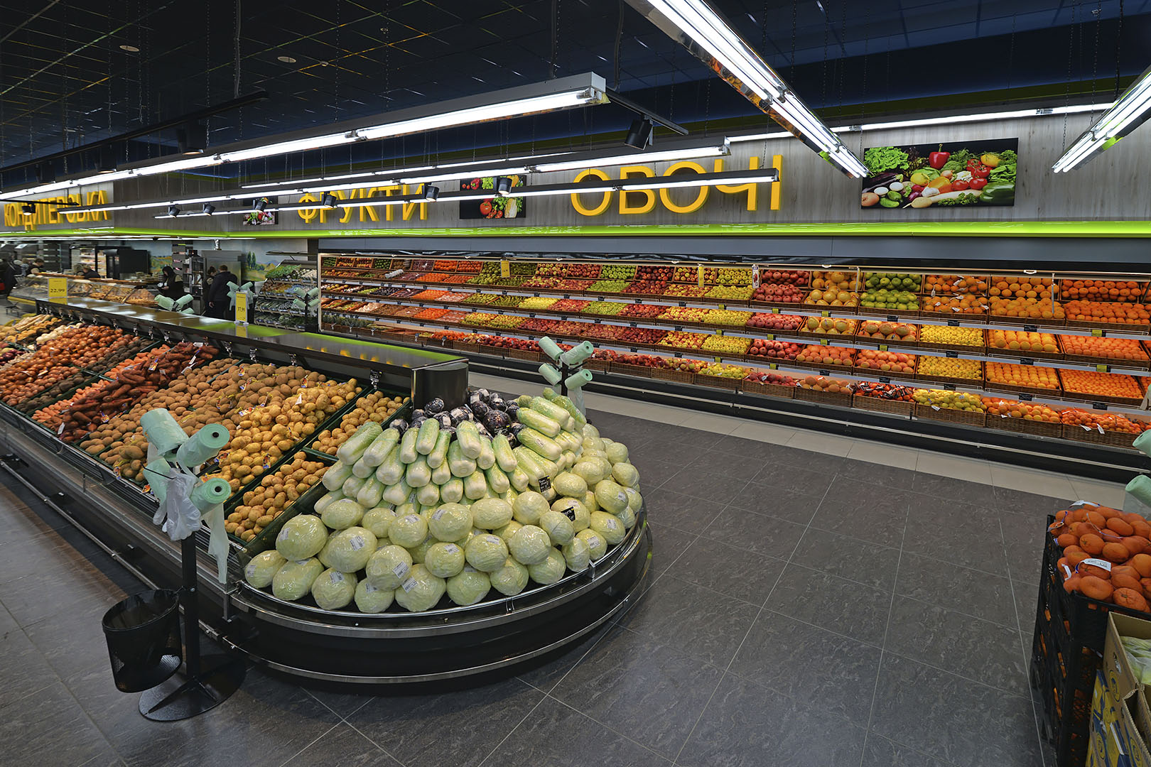 Специализированные витрины для продажи овощей и фруктов Louisiana VF MV 110 VF O 180-DLM, Indiana MV 100 FV O 220-DLM