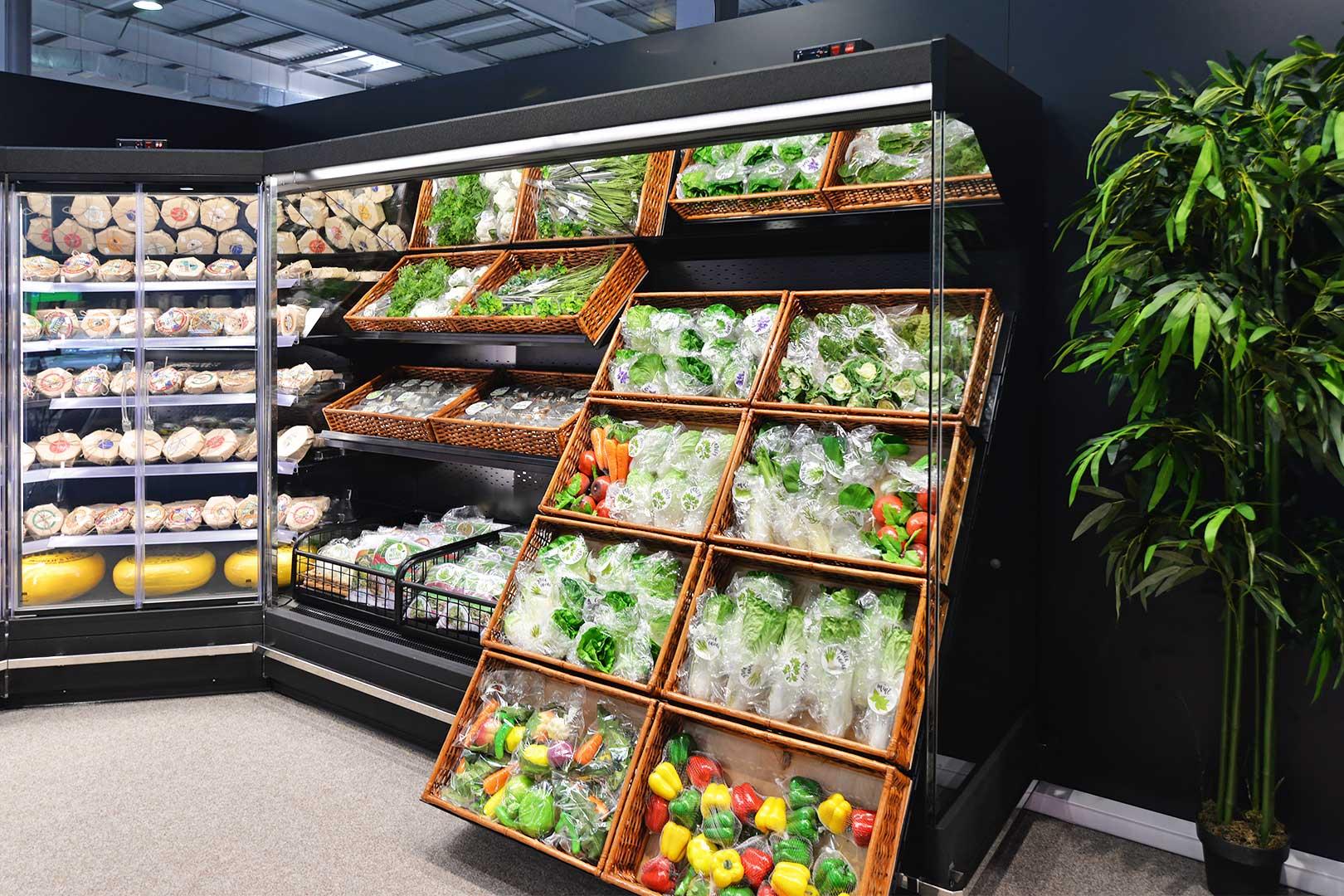 Multideck cabinet Indiana MV 080 MT D 205-DLA-IS90, specialized unit for vegetables and fruit sales Indiana MV 080 FV O 205-DLA
