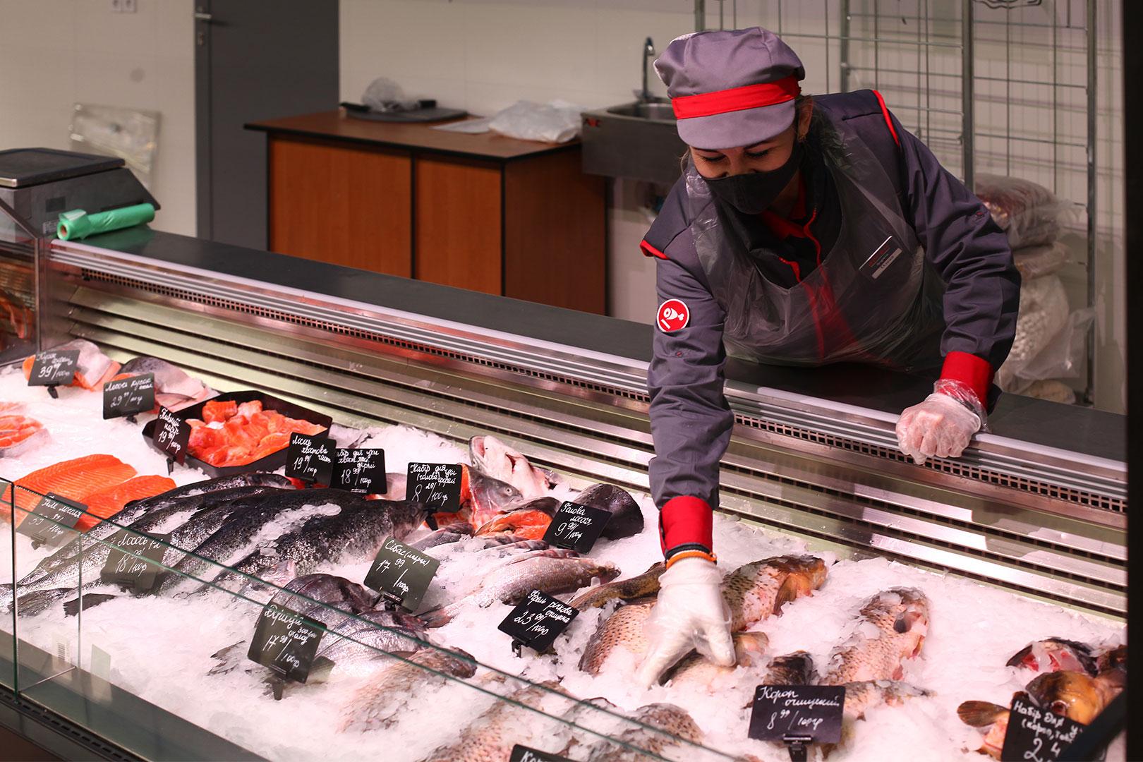 Специализированная витрина для продажи рыбы и морепродуктов Missouri MC 120 fish self 086-SLA