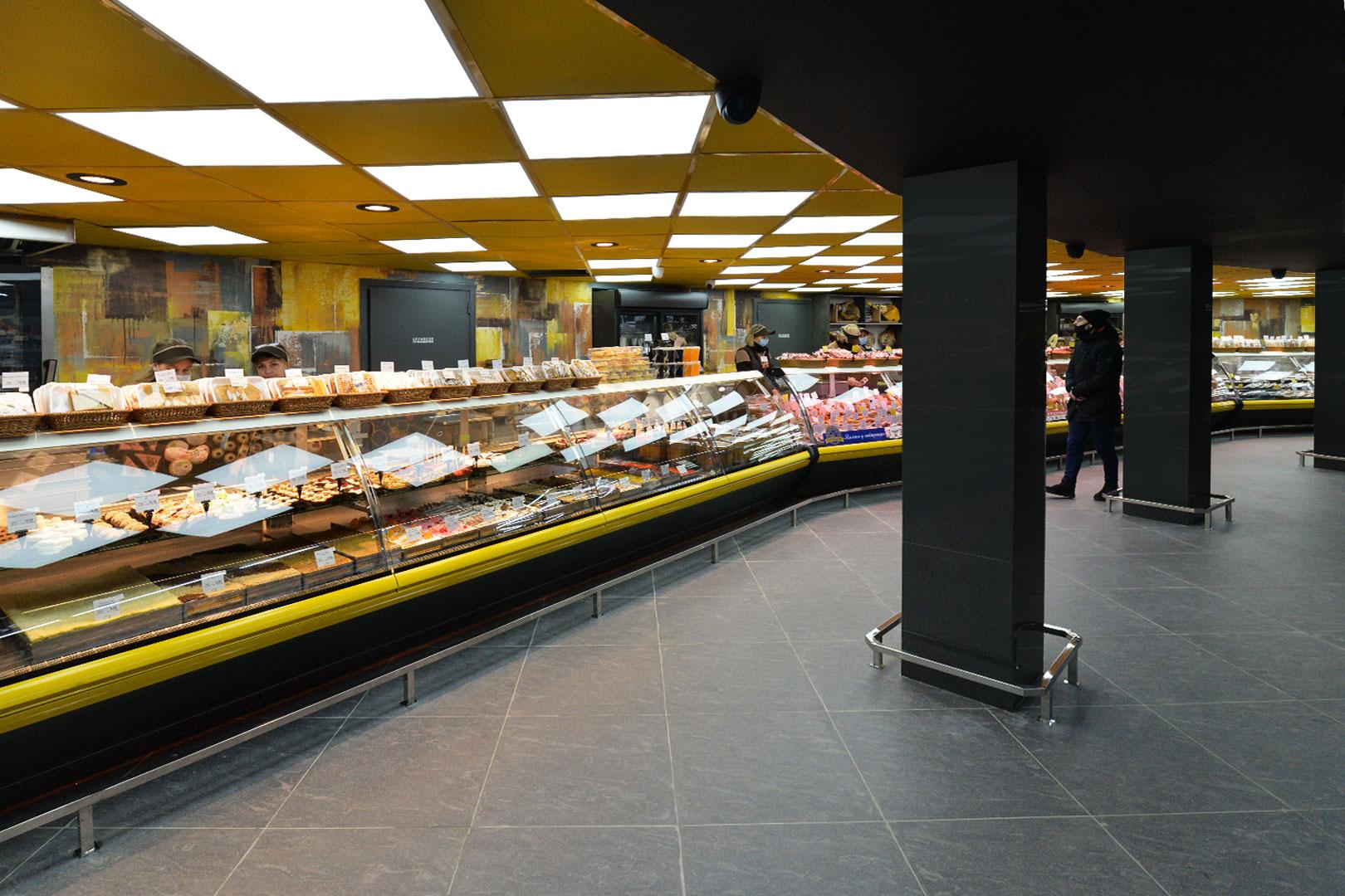"""Вітрини Symphony MG 120 deli PS 125-DBM в супермаркете """"Рост"""""""
