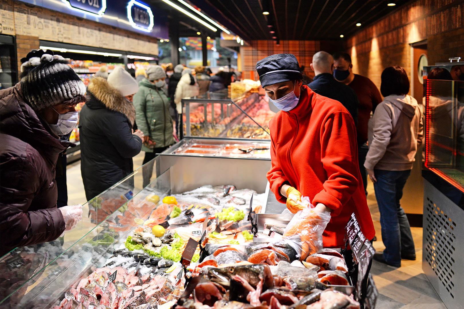 Специализированные витрины для продажи рыбы и морепродуктов Missouri MC 120 fish self 086-SLA