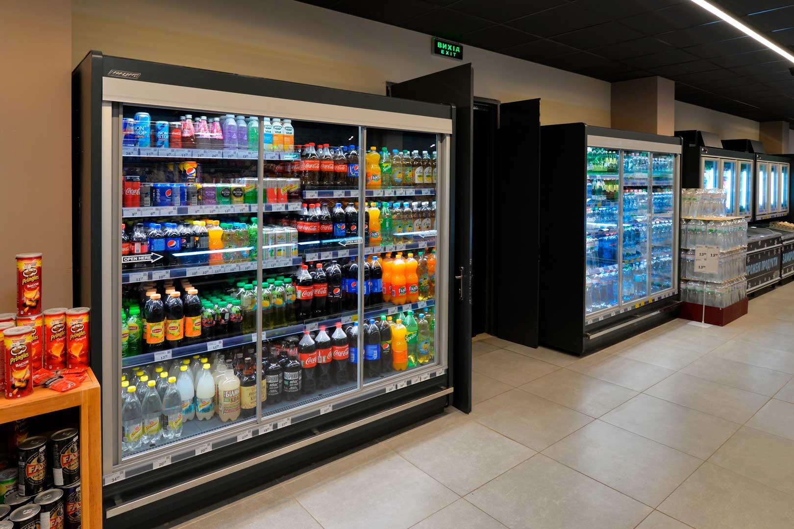 Пристінні холодильні вітрини Indiana MV 090 MT D 205-DLM