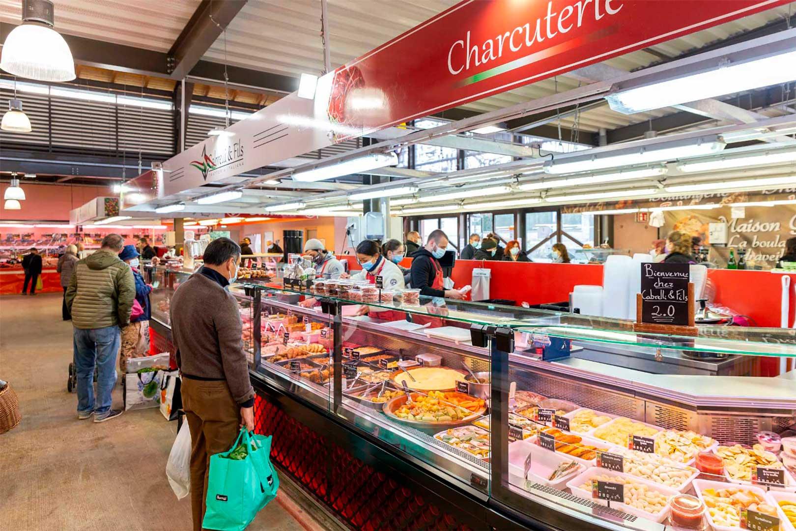 Холодильные витрины Missouri MC 120 M, магазин CABRELLI & FILS во Франции