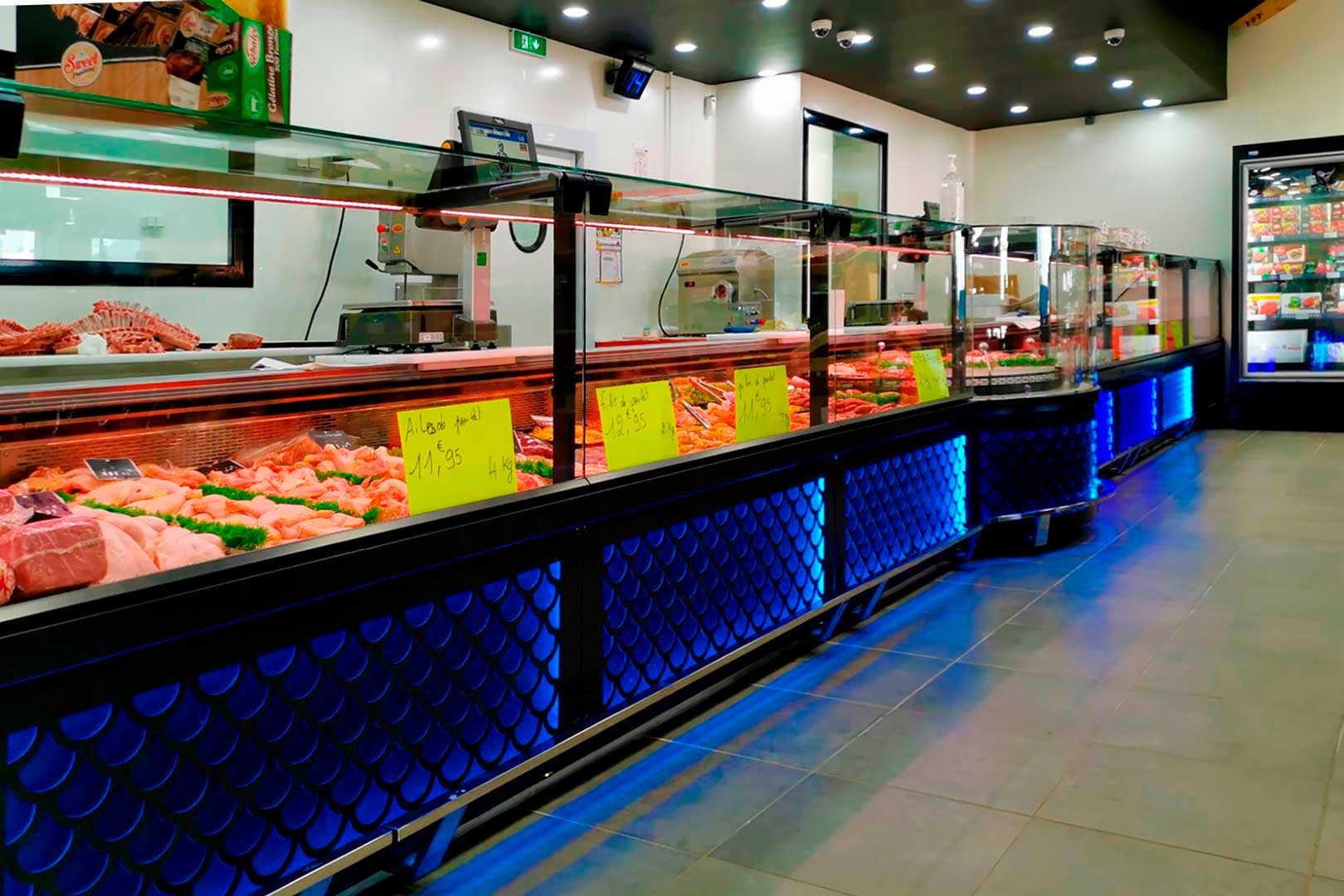 Refrigerated counters Missouri MC 120 M, minimarket PYRAMIDE in France